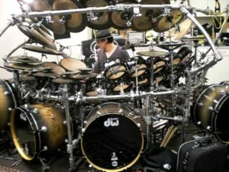 Terry Bozzio keeps the big beat on world's largest tuned drum set