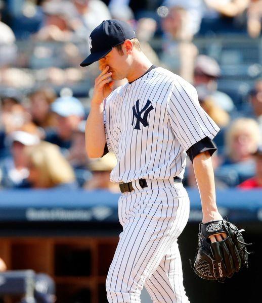 New York Yankees fall 7-2 in Phil Hughes' return to Yankee Stadium