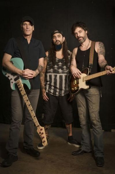 The Winery Dogs bring whole new meaning to term 'power trio'