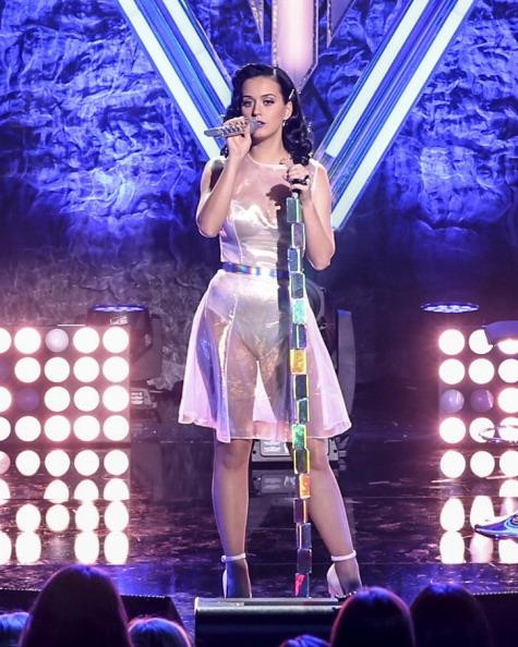 Katy Perry lashes out at 'naked' pop performers