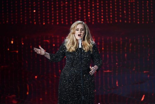 Kelly Clarkson, Rihanna congratulate Adele on big win at Oscars