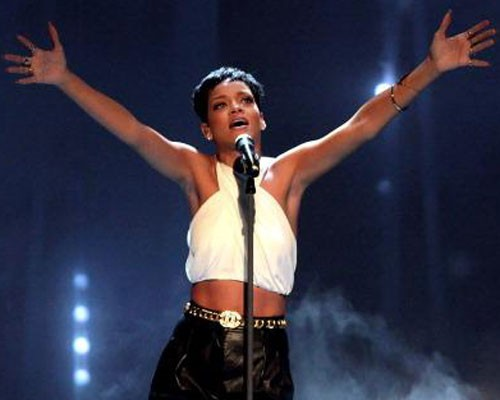 Rihanna and Calvin Harris win Best Music Video Grammy for 'We Found Love'