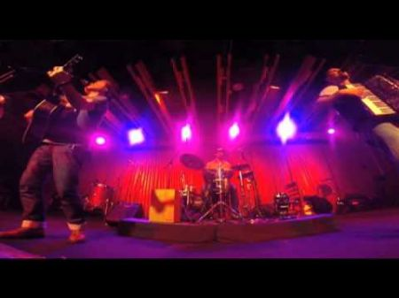 Celtic band Gaelic Storm gives its fans a good time