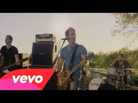 Parmalee captures small-town life in 'Close Your Eyes' music video: Watch