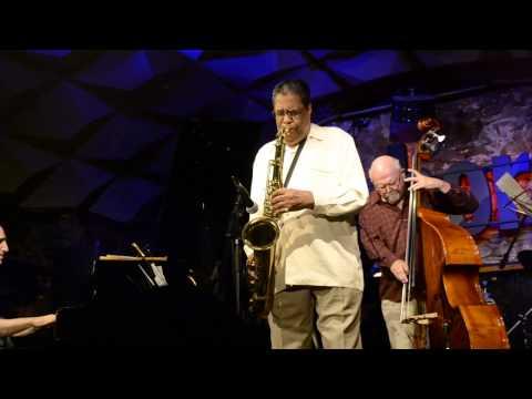 Charles Davis turns painful loss into beautiful straight-ahead jazz for Lori