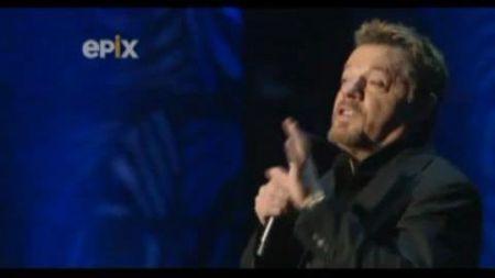 Eddie Izzard: Performer extraordinaire