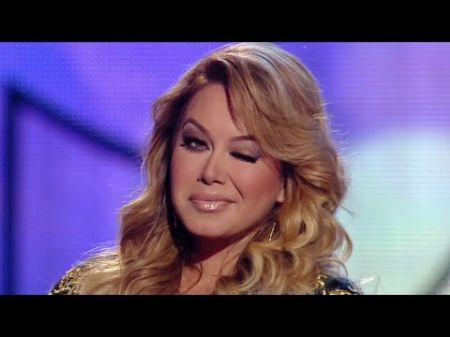 Chiquis Rivera debuts new single on Premios Juventud