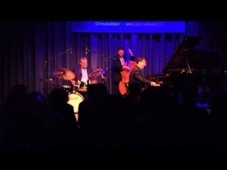 Jeff Hamilton Trio coming to Alvas Showroom, August 8, 2014