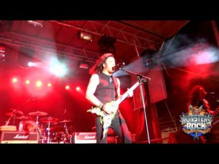 Stryper does it live