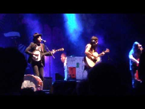 Harmonies perfected with The Avett Brothers in Atlanta