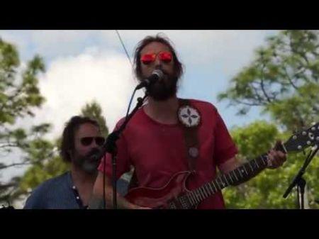 Chris Robinson Brotherhood - A band of musical brothers