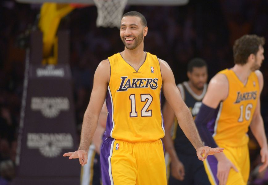 Los Angeles Lakers decide to waive point guard Kendall Marshall