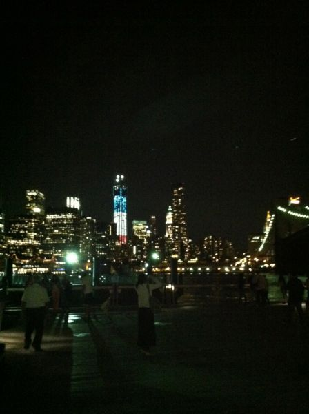 Waterside dining in Brooklyn with great views of the New York skyline