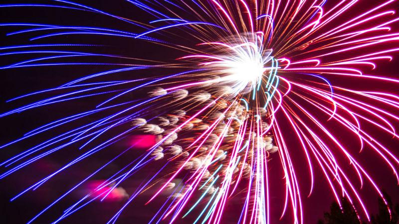 5e928dac00dbe Best 4th of July fireworks in Cincinnati - AXS