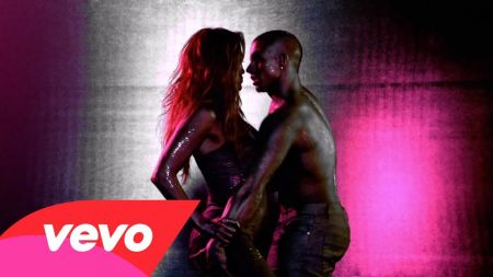 Jennifer Lopez releases official 'Dance Again' music video featuring Pitbull