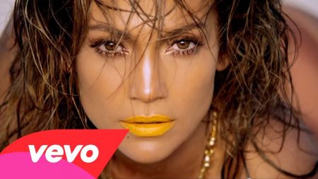 Jennifer Lopez works a Paris runway in 'Live It Up' music video with Pitbull