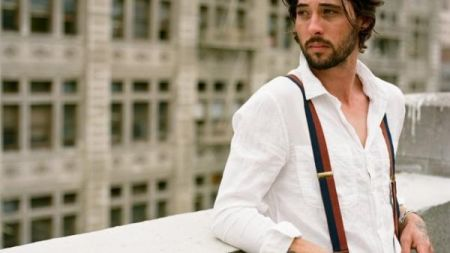 Grammy and Academy award-winning musician Ryan Bingham playing and touring