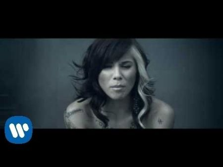 With TV and film placements, Christina Perri rising to the top of pop rock