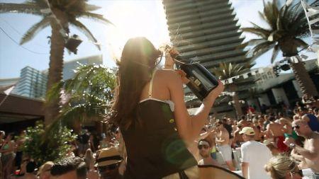 Kaskade announces new single, 'Summer Nights'