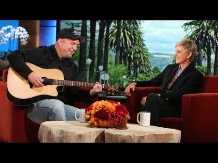 Garth Brooks adds one more show in Chicago
