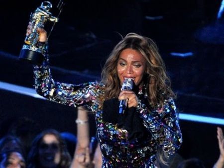 The seven most memorable moments from the 2014 MTV Video Music Awards
