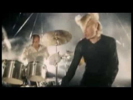 A Flock of Seagulls fly into town with Lost '80s Live show