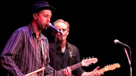 Lightnin' Willie and Rick Holmstrom are among the artists to see this weekend