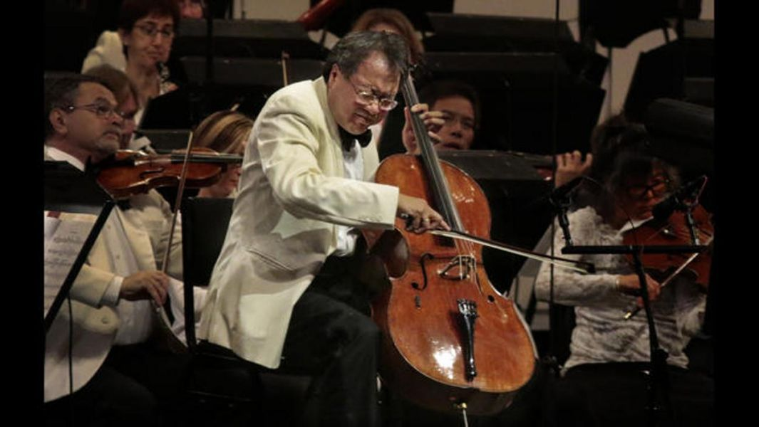 Yo-Yo Ma gives a flawless performance at the Hollywood Bowl