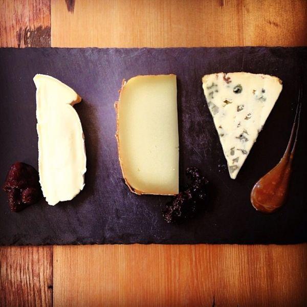 Experience Manhattan: Wine & cheese bars