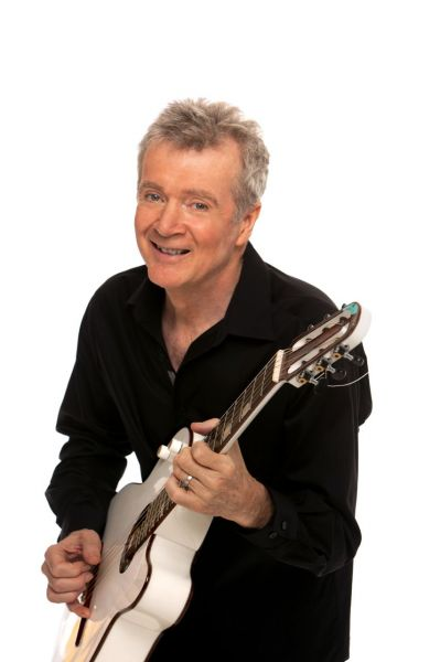 Guitarist Peter White's new album is sure to make you 'Smile'