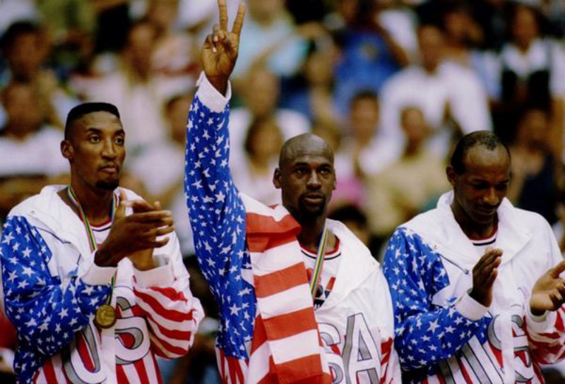 This day in sports history: The Dream Team wins gold