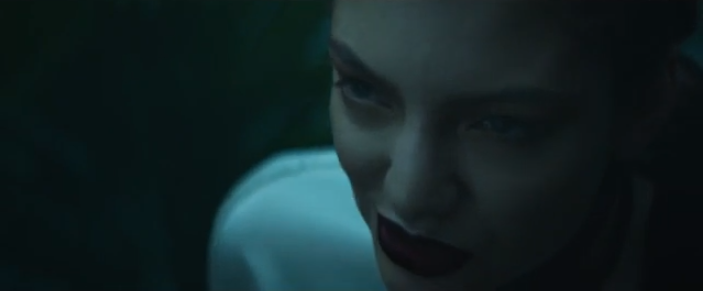 Lorde releases official 'Team' music video