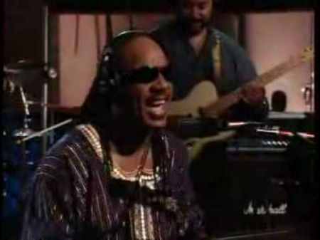 Detroit-native Stevie Wonder headed to Motown during 10-city tour this fall