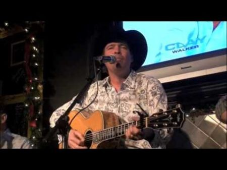 Clay Walker brings 2014 tour to Billy Bob's Texas