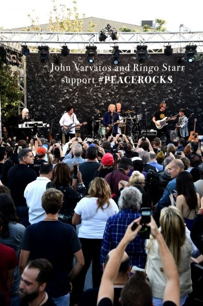 Ringo Starr and his All-Starrs' rock on International Day of Peace