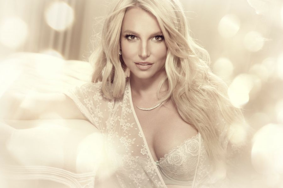 Intimate photos of Britney Spears