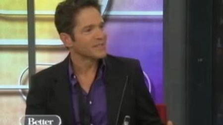 Dave Koz is headed on a Christmas tour in support of his holiday duets album