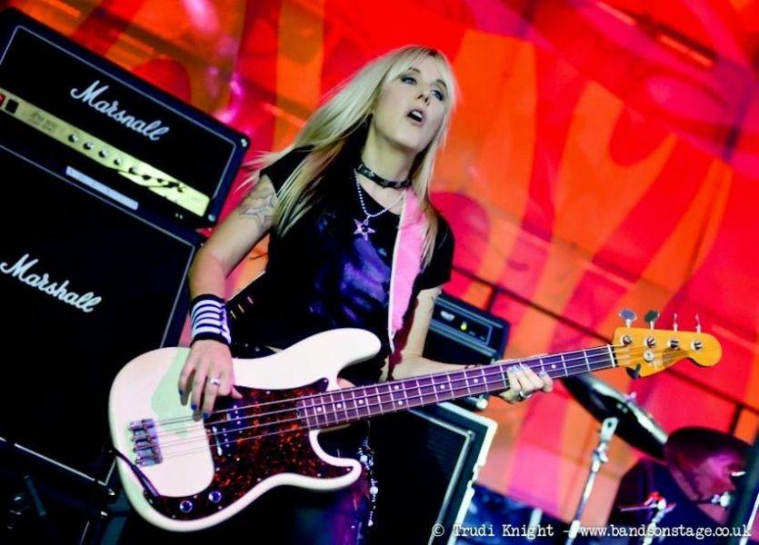 Vixen bassist Share Ross talks touring, new music and Joe Elliott's Down N' Outz