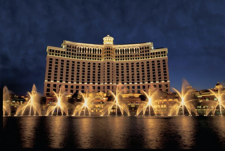 Fountains of Bellagio to add medley by Tiësto