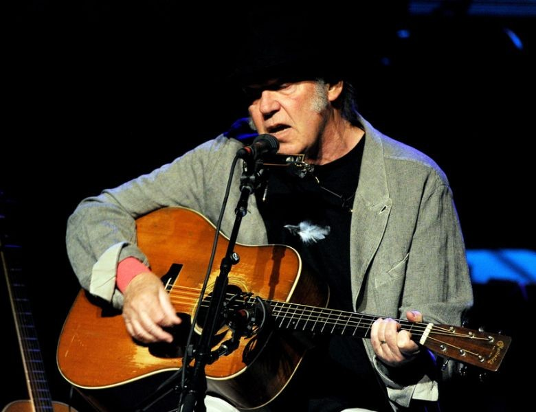 neil young Read news updates about neil young discover video clips of recent music performances and more on mtv.