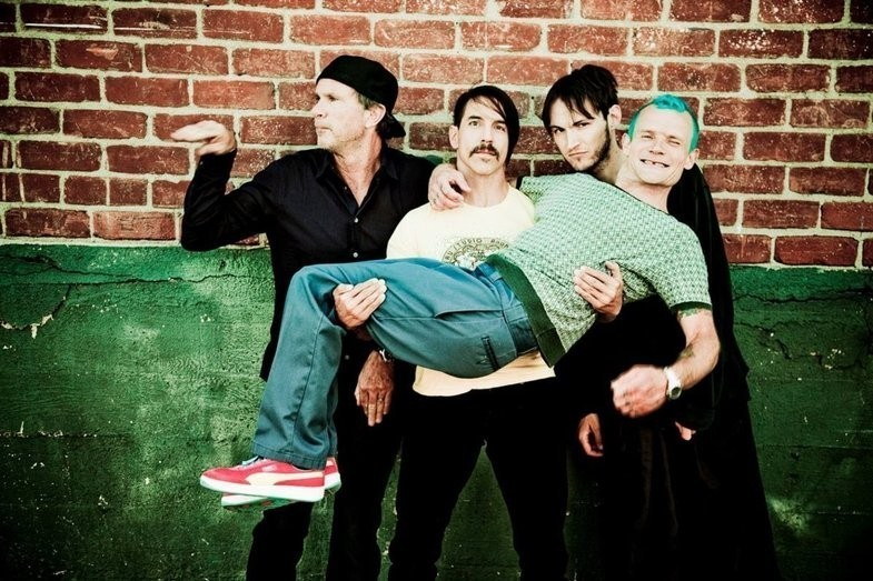 Red Hot Chili Peppers continue releasing 'I'm With You' outtakes