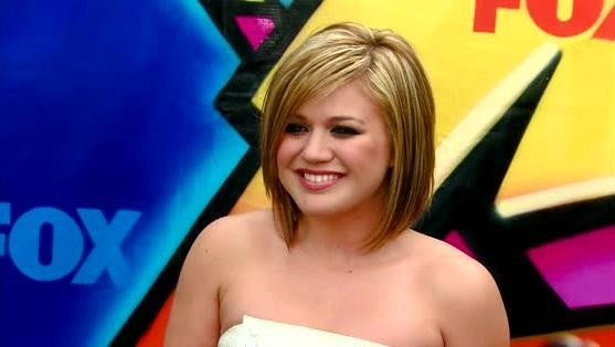 Kelly Clarkson working on new material for album early 2015