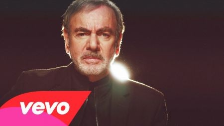 Legend Neil Diamond announces dates for 2015 tour