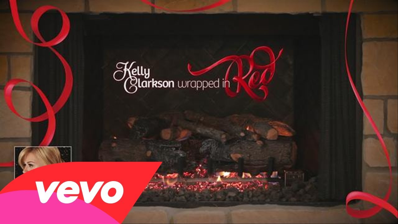 Kelly Clarkson shoots new music video for holiday song 'Wrapped In Red'