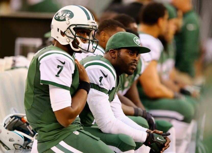 Michael Vick to start at QB barring New York Jets management 'power play'