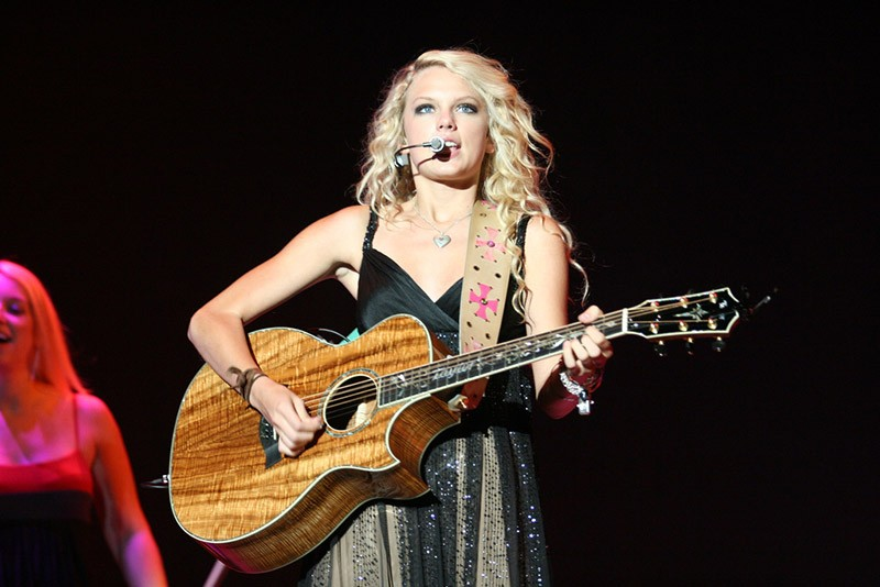 Five essential Taylor Swift songs to learn before Jingle Ball in NYC