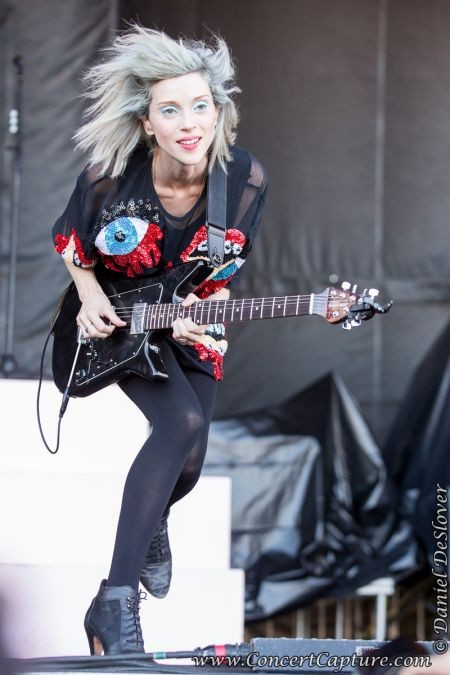 """The electric and enticing St. Vincent offered a blistering set on Friday afternoon at ACL. Opening with """"Rattlesnake"""" from her 2014 eponymou"""
