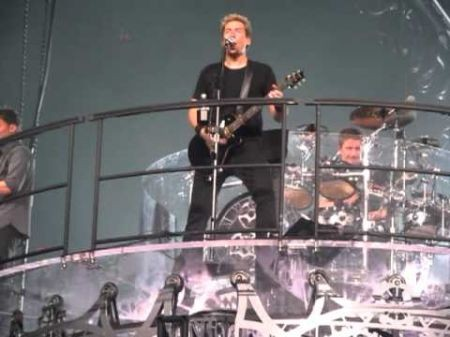 Nickelback's Here and Now Tour blows through Detroit