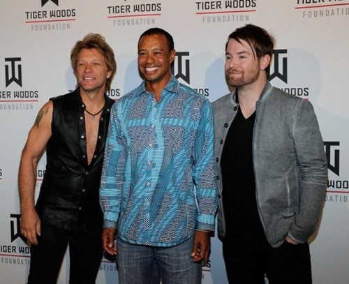 Bon Jovi, David Cook rock Las Vegas with Tiger Woods