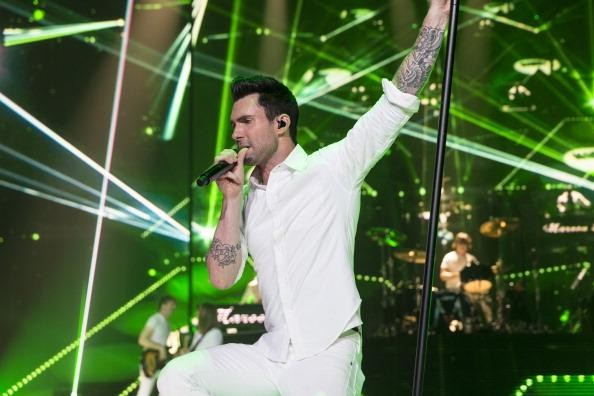 Maroon 5, Kelly Clarkson announce summer 2013 North American tour dates